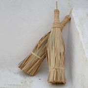 Cester a tradicional cester a tradicional - Escobas de palma ...